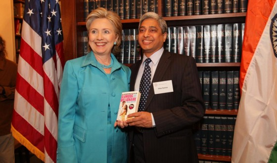 With US Secretary of State, the Honorable Hillary Rodham Clinton at the USIBC event in Washington DC on June 17, 2009 (1)